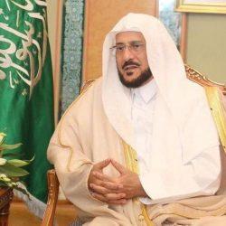 أمانة الرياض تغلق 10 آلاف محل حلاقة وصالون تزيين نسائي