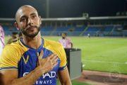 لاعب النصر امرابط يرد على أنباء مطالبته النادي بزيادة قيمة عقده