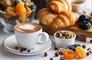 دراسة حديثة تحذر من تناول القهوة قبل الإفطار لهذه الأسباب